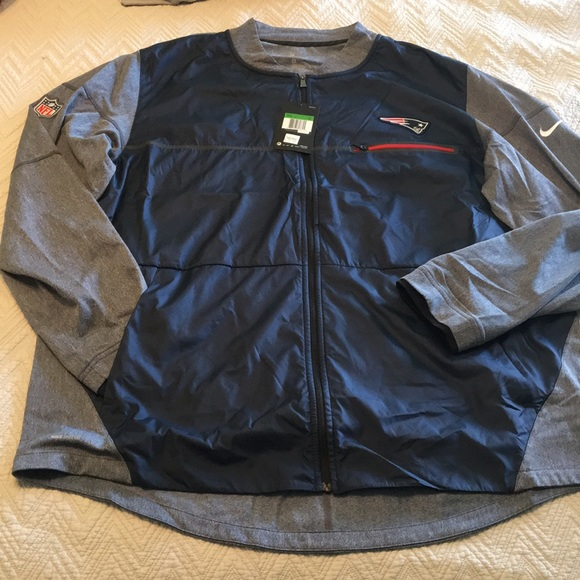 pretty nice 4d7c3 02680 Brand New with Tags Nike Full ZIP Patriots Jacket NWT